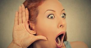 10 coisas que todo freelancer gostaria que seus clientes soubessem mulher ouvindo