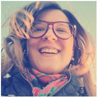 Freelancer em produção de conteúdo e social media Marcia Breda