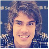 Thiago Mobilon fundador e editor chefe do Tecnoblog