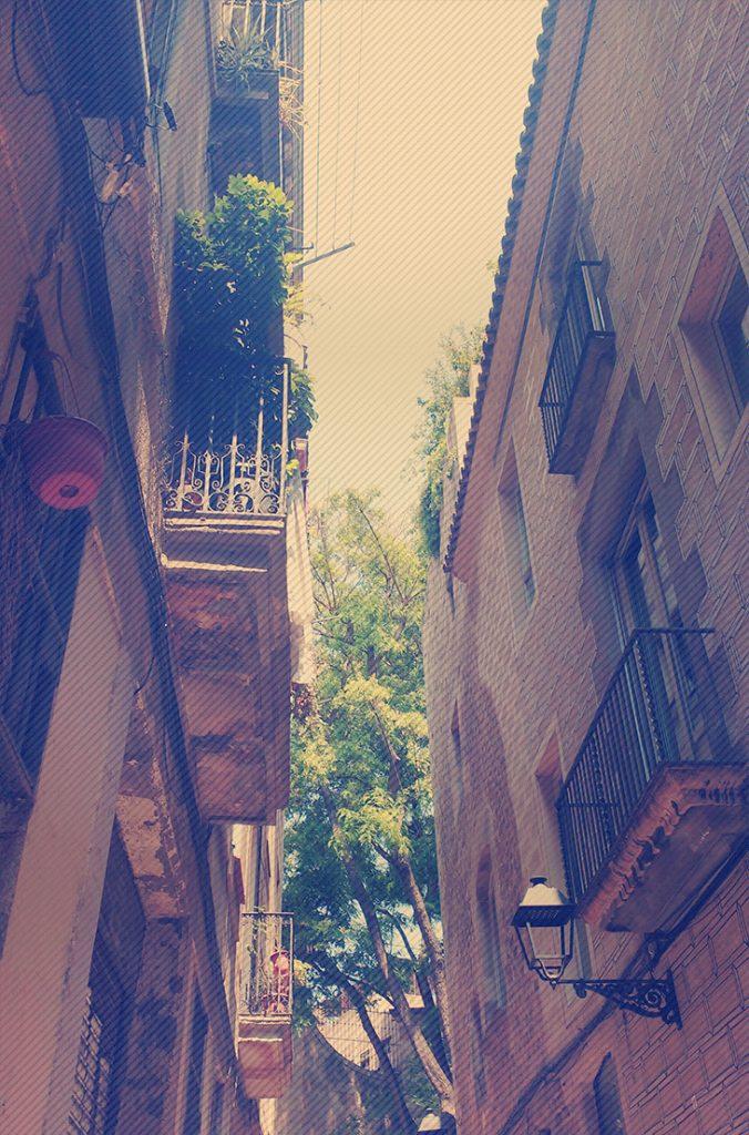 andando pelas ruas de barcelona